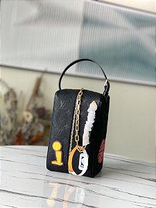 """Necessaire Louis Vuitton Cloakroom Dopp Kit x NBA """"Black"""""""