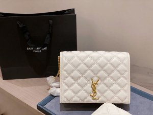 "Bolsa Saint Laurent Becky ""Blanc Vintage"""