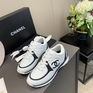 """Tênis Chanel """"Black&White"""""""