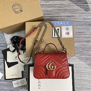 "Bolsa Gucci Top Handle GG Marmont Chevron Matelassé ""Hibiscus Red"""
