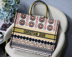 "Bolsa Tote Dior Book  ""Yellow Sphere"""