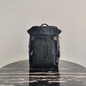 "Mochila Prada Re-Nylon ""All Black"""