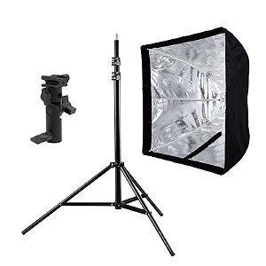 Kit de Iluminação F440 - 1 Tripé 2,5 m + 1 Suporte de Sombrinha YA-421 + 1 Softbox 60x60cm