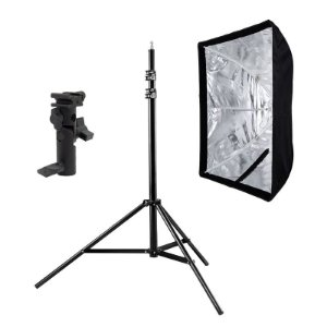 Kit de Iluminação F540 - 1 Tripé 2,5 m + 1 Suporte de Sombrinha YA-421 + 1 Softbox 60x90cm