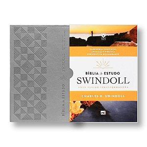 BÍBLIA DE ESTUDO SWINDOLL PETRA - Charles R. Swindoll