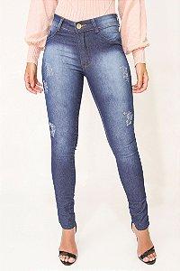 Calça Jeans com puidos