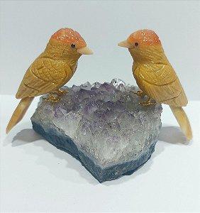 Escultura casal pássaros corruíra