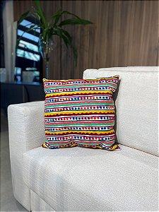 Almofada de tricô colorida