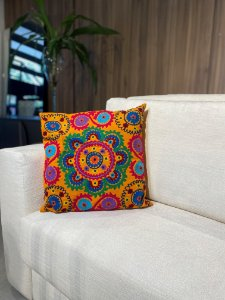 Almofada de tricô laranja