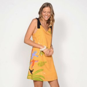 REF:. 7244 Vestido Curto Bico de Banana Caramelo