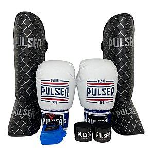 Kit Thai Luva de Boxe / Muay Thai 12oz PU + Caneleira 20mm + Bandagem + Bucal - Branco Tricolor Sport - Pulser