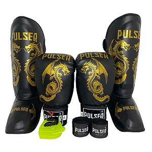 Super Kit Thai Luva de Boxe / Muay Thai 16oz PU + Caneleira 30mm M + Bandagem + Bucal - Preto com Dourado Dragão - Pulser