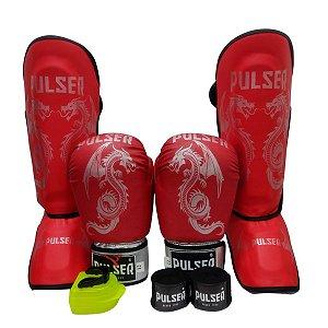 Super Kit Thai Luva de Boxe / Muay Thai 12oz PU + Caneleira 30mm M + Bandagem + Bucal - Vermelho com Prata Dragão - Pulser