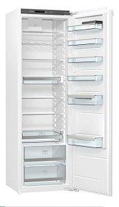 Refrigerador de embutir / revestir RI5182A1