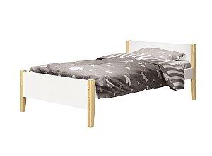 cama de solteiro branco fosco  com pés em madeira natural- reller