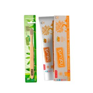 Kit de Higiene Bucal com 01 Escova Dental  + 01 Creme Dental com Extratos de Cúrcuma - NATURAL