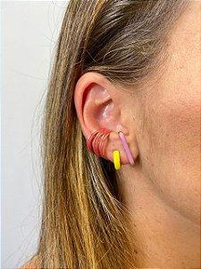 Brinco earhook esmaltada
