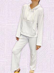 Conjunto moletom malha casaqueto capuz + calça detalhe listra cetim