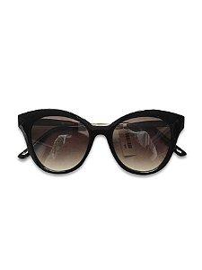 Óculos preto lente degradê detalhes dourado
