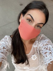 Máscara tricô canelada