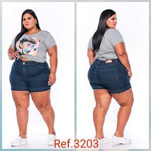 Short Jeans Stretch Curto Com Lavagem Escura e Barra Desfeita 44 Ao 60 3203