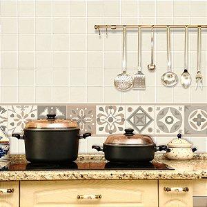 Faixa Decorativa para Cozinha em Bege e Marrom