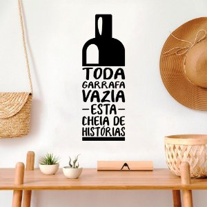 "Adesivo Decorativo Frase ""Garrafa cheia de História"""