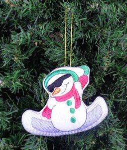 Enfeite de Natal boneco de neve snowboard