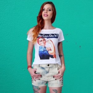 "Camiseta Feminista ""We Can do It"" Branca"