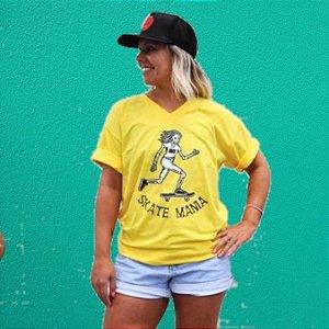 Camiseta Unissex Gola V SkateMania em Algodão