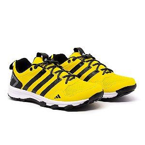 Tênis Adidas Kanadia TR7 Amarelo e Preto