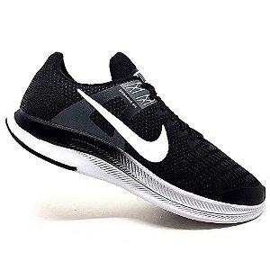 Tênis Nike Dynamic Fit Preto e Branco