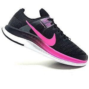 Tênis Nike Dynamic Fit Preto e Rosa