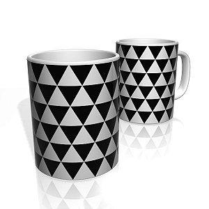 Caneca De Porcelana Nerderia e Lojaria triangles PB colorido