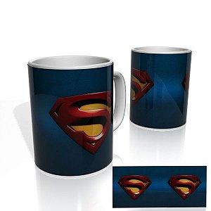 Caneca decorativa Nerderia e Lojaria superman colorido