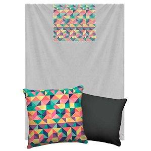 Manta Que Vira Almofada Com Travesseirinho Nerderia e Lojaria triangulo geometrico colorido