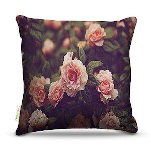 Almofada 45 x 45cm  Nerderia e Lojaria rosas natureza colorido