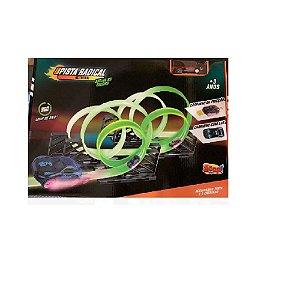Pista Montável Radical Brilha No Escuro - Zoop Toys