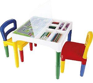 Mesinha didática com 2 cadeiras Poliplac