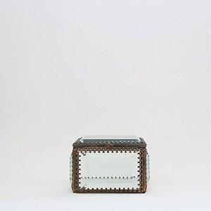 Caixinha metálica com vidro bisotê