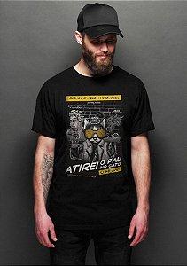 Camiseta Masculina  Atirei o Pau no Gato - Nerd e Geek - Presentes Criativos