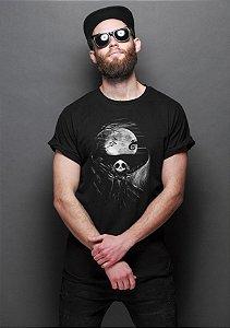 Camiseta Masculina  O Estranho Mundo de Jack - Nerd e Geek - Presentes Criativos