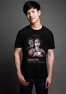Camiseta Masculina  Chaves Cinquenta Tons de Xicaras - Nerd e Geek - Presentes Criativos