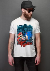 Camiseta Masculina   Sonic  vs Mario Street Fighters - Nerd e Geek - Presentes Criativos