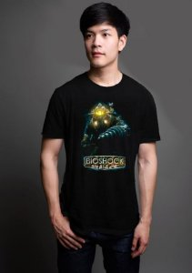 Camiseta Masculina  Bioshock Big Daddy - Nerd e Geek - Presentes Criativos