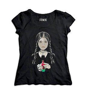 Camiseta Feminina  A Família Addams - Wandinha Addams - Nerd e Geek - Presentes Criativos
