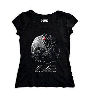 Camiseta Feminina  Alien vs Predador - Nerd e Geek - Presentes Criativos