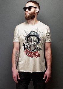 Camiseta Masculina  Madrugada dos Mortos - Chaves - Nerd e Geek - Presentes Criativos