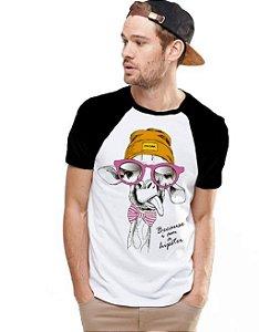Camiseta Raglan King33 Girafa Moderna - Nerd e Geek - Presentes Criativos