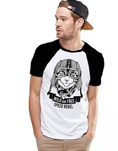 Camiseta Raglan King33 Gato Viajante - Nerd e Geek - Presentes Criativos